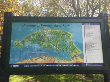 Welcome sign to the Toronto Island Park